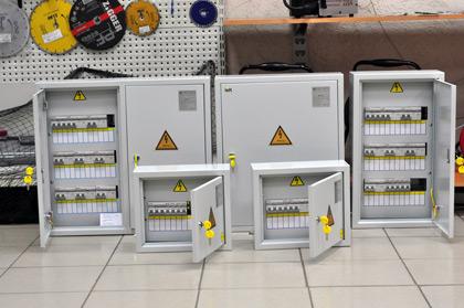 Преимущества покупки электрощитов различной конфигурации в заводской сборке