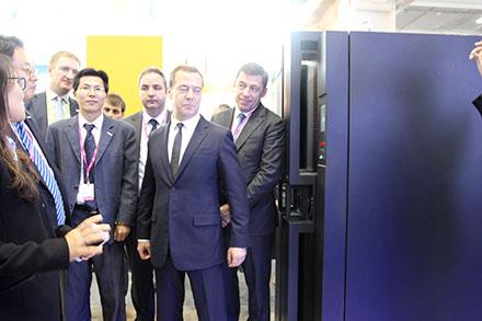 Дмитрий Медведев: «Необходимо поддержать компанию INSPUR»