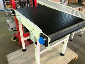 Конвейер с модульной лентой и рольганг для компании «ONTEX»
