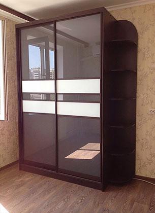 Матовые раздвижные двери для шкафа-купе