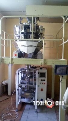 Запуск фасовочного аппарата для упаковки пряников